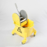 Smoothline Mop Bucket with Plastic Wringer